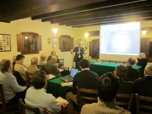 Carlo Favero, direttore del Consorzio Vini Venezia illustra la fusione ai soci ARGAV